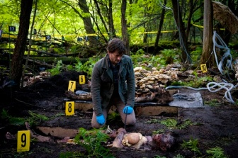 """HANNIBAL -- """"Amuse Bouche"""" Episode 102 -- Pictured: Hugh Dancy as Will Graham -- (Photo by: Brooke Palmer/NBC)"""